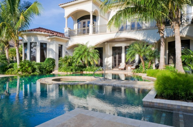 Major Mansion Market In Palm Beach Gardens